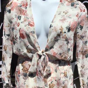 Floral pattern short jumpsuit